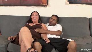 Mariah Cherry very sexy bbw latina interracial sex with 2 blacks